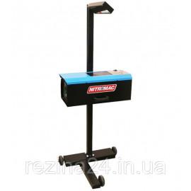 Прилад для регулювання світла фар NitroMac